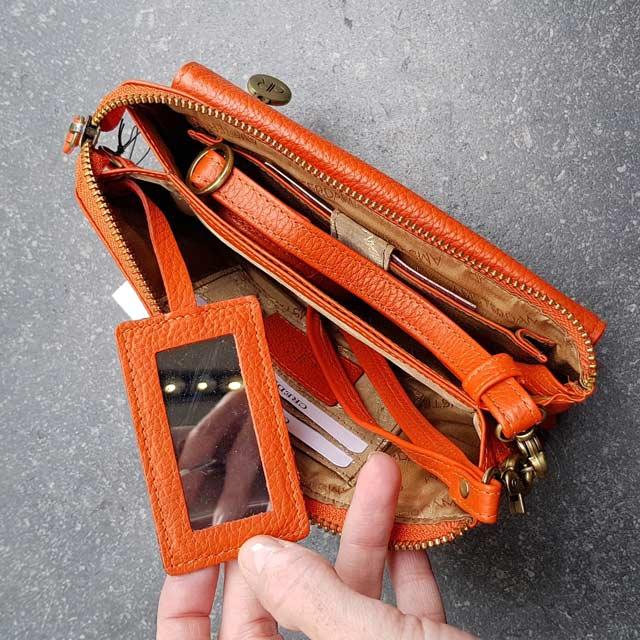 klein oranje tasje clutch