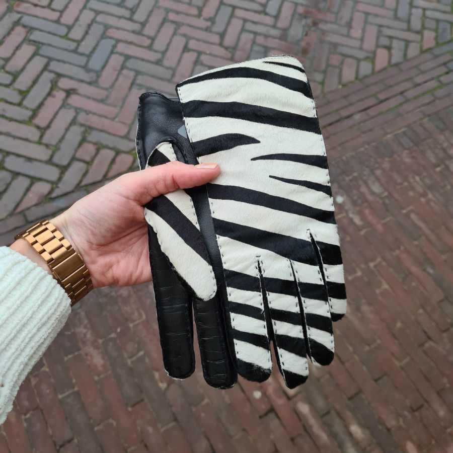 Handschoenen zebra met echt vacht