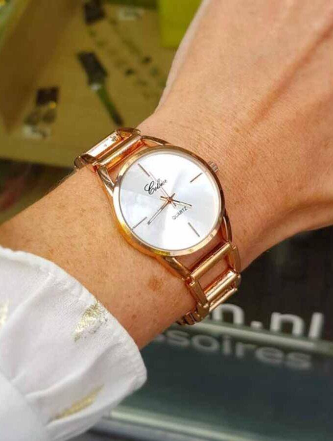 Stijlvol horloge stalen band in rosé pols