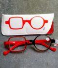 rode leesbril twee verschillende glazen