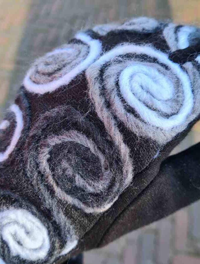 Zachte handschoen zwart wit cirkels