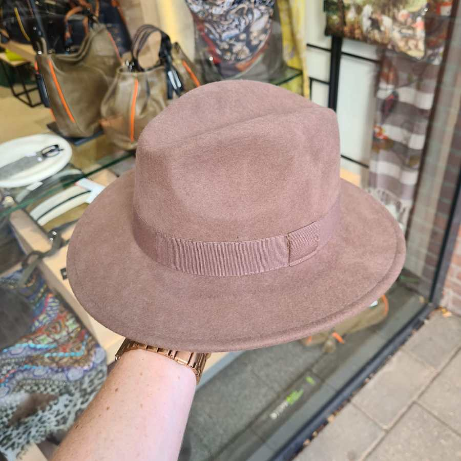 Wollen hoed crushable waterproof taupe