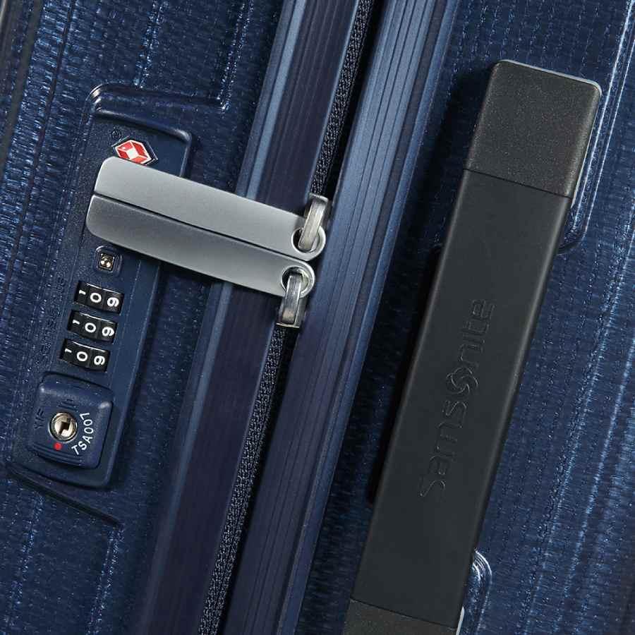 Samsonite Lite-Box Spinner 55cm Deep Blue slot