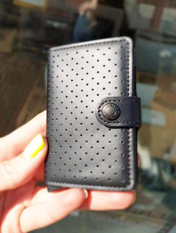 secrid perforated black gaatjes
