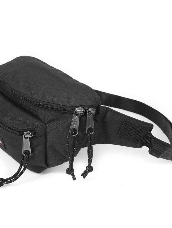 Eastpak Doggy Bag heuptas Black bovenkant