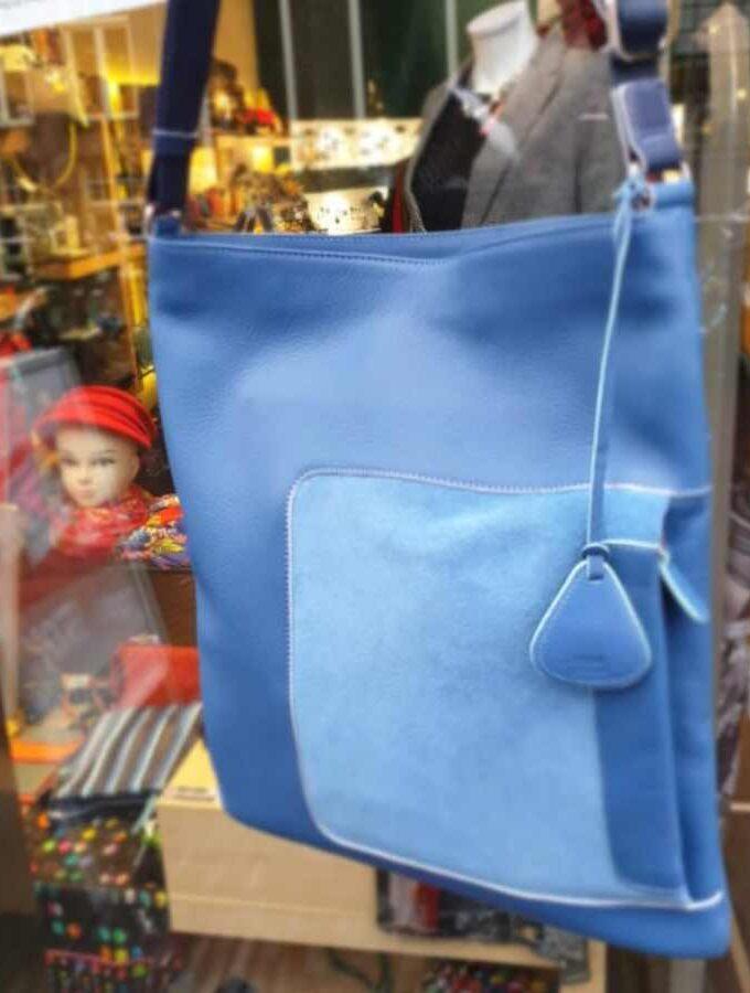 platte tas blauw