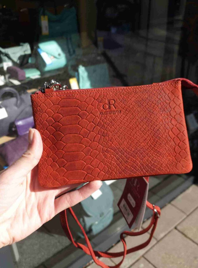 DR Amsterdam clutch snake print in rood