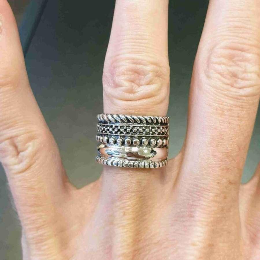 Zilveren ring verschillende stroken zilver
