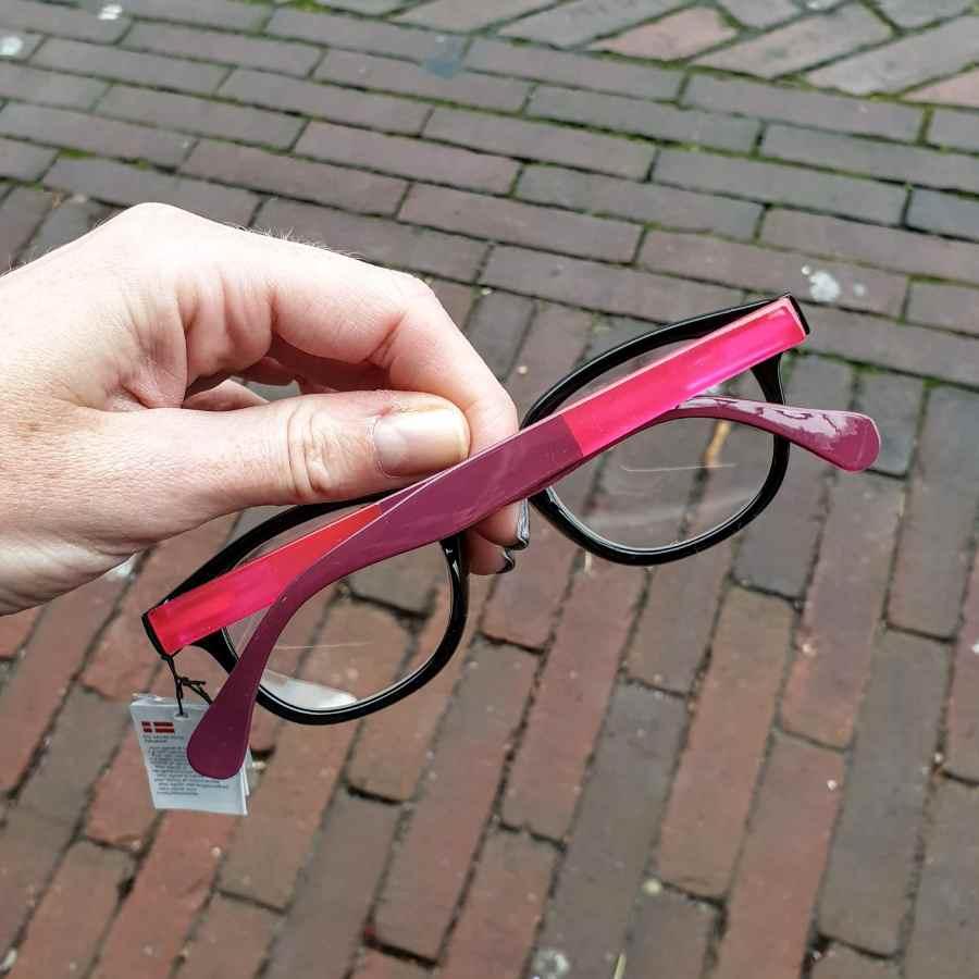 leesbril zwart roze