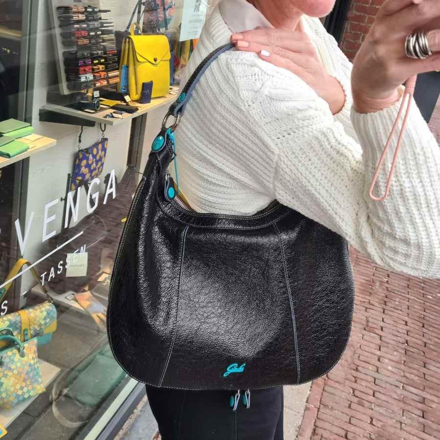 Gabs Alison Medium Shiny Black buideltas schoudertas
