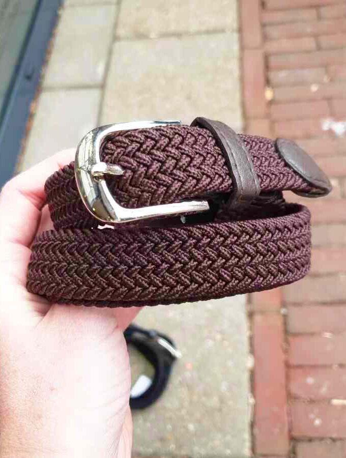 Gevlochten riem van elastiek in bruin