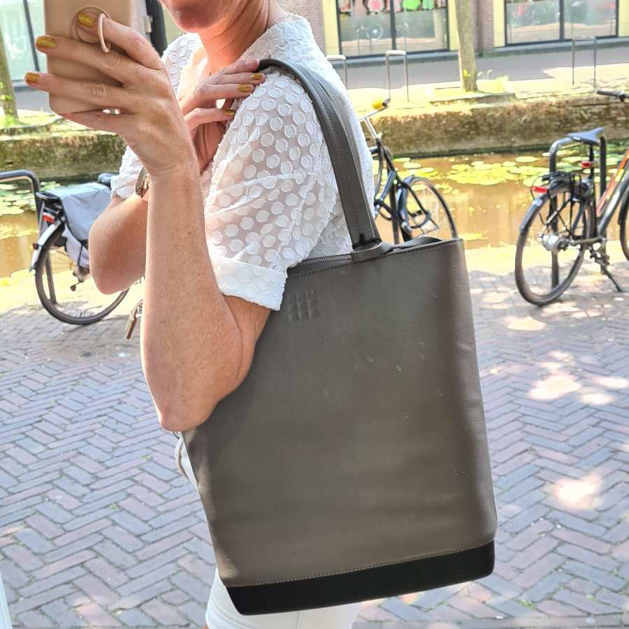 Moleskine Classic Leather Tote Bag Shopper Coffee Brown