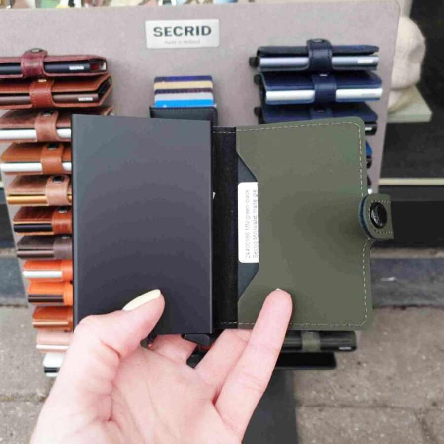 Secrid Miniwallet Matte Green binnenkant