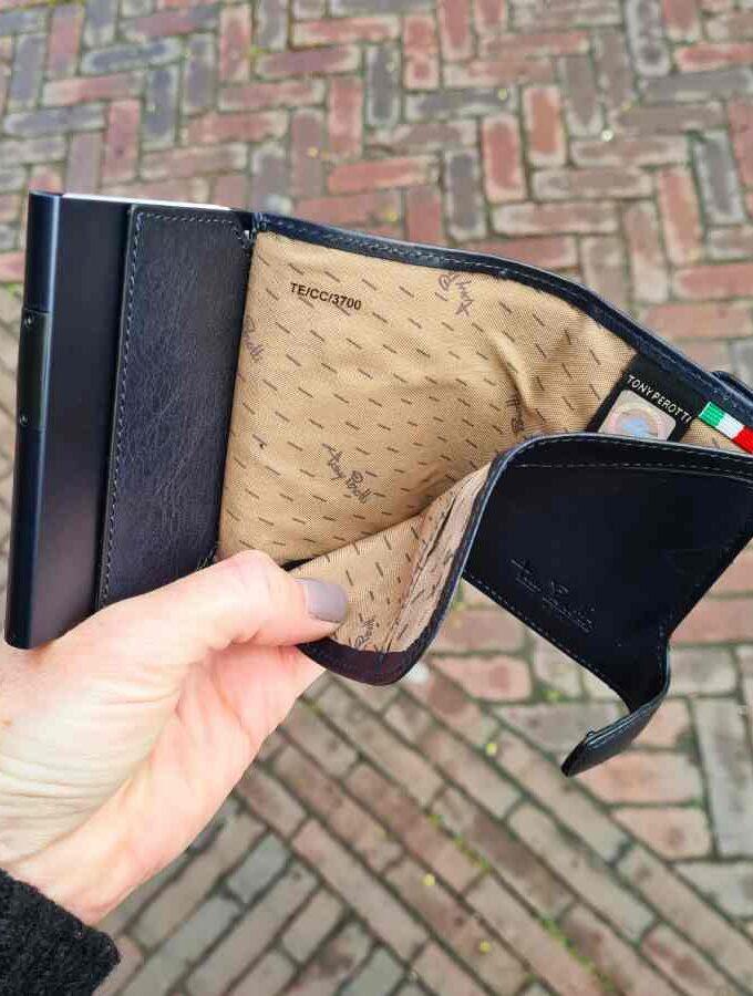 Tony Perotti Cardholder met muntgeldvak in blauw binnenkant