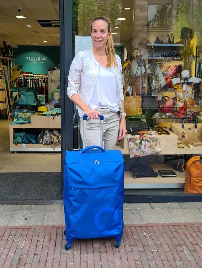 Benetton Blow Trolley 75cm zachte koffer in blauw