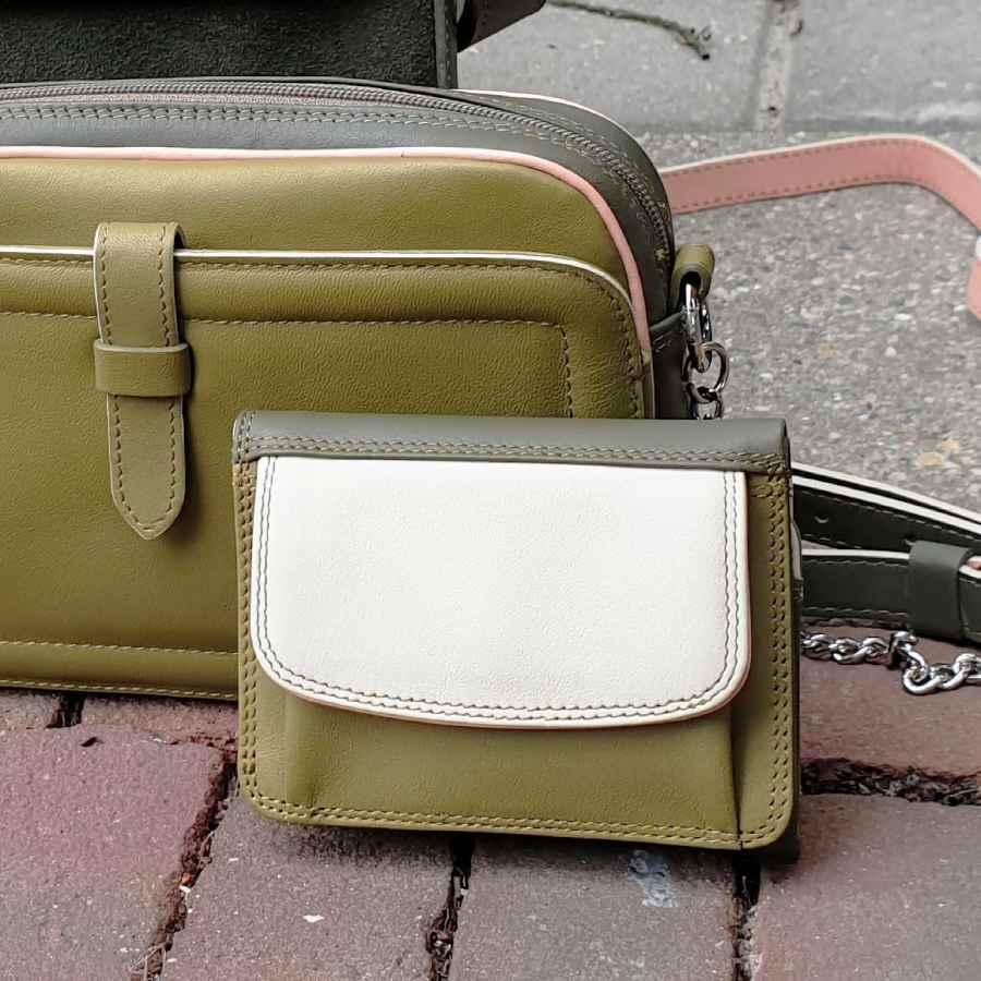 mywalit groene portemonnee met beige