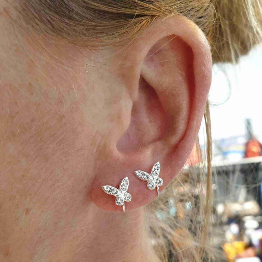 Oorklem echt zilver met kleine vlinders