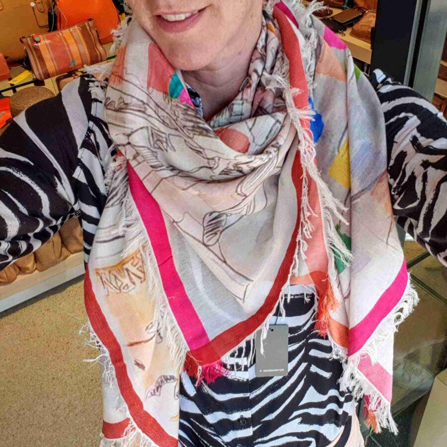 Vierkante sjaal katoen met print kleurrijke straat in Azië