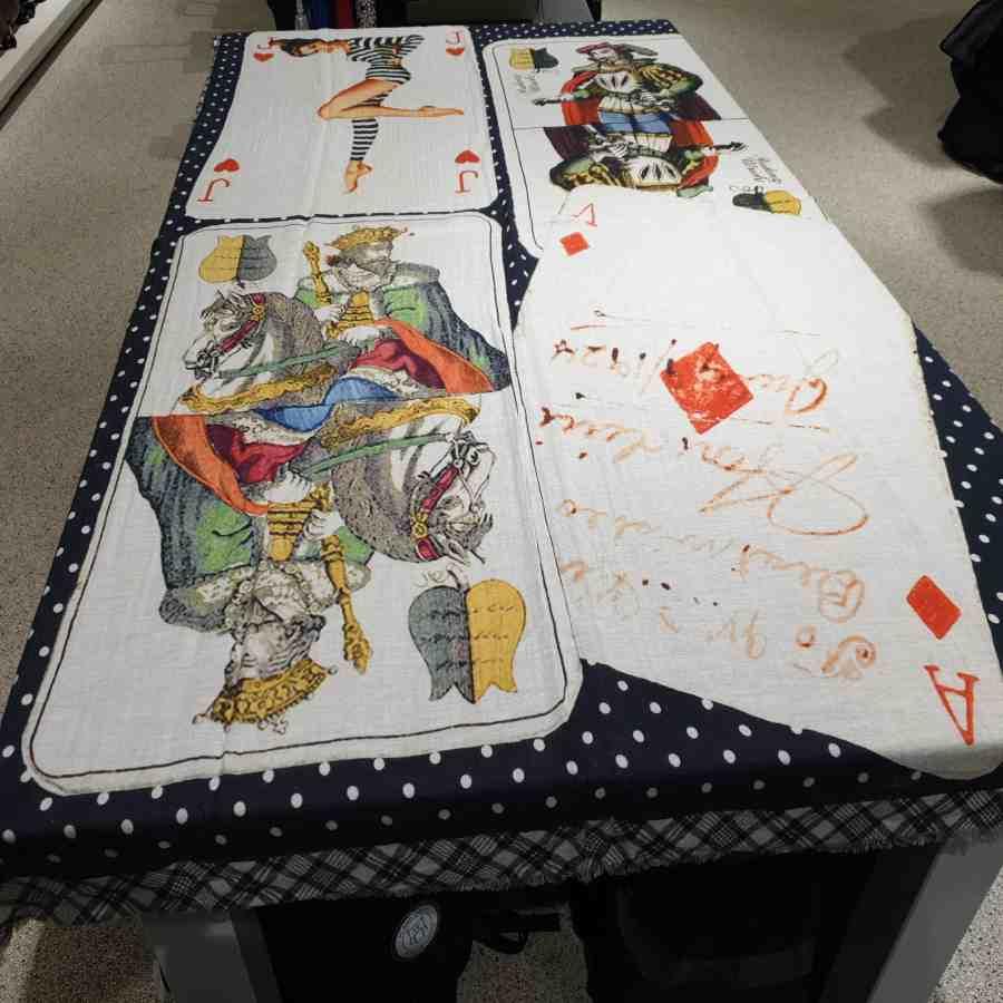 Wollen sjaal kaart joker aas vrouw