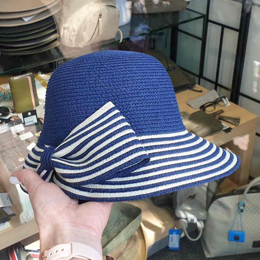 blauwe hoed navy strepen