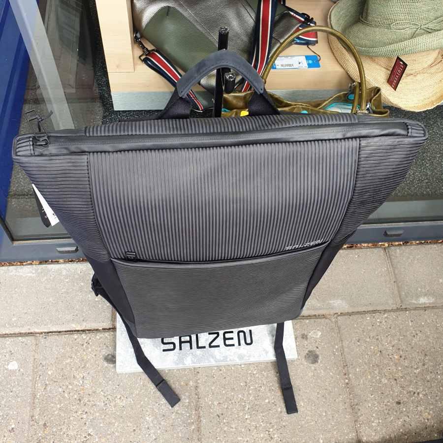 Salzen Vertiplorer Plain Backpack Leather aligned smoke