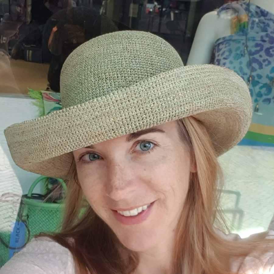 modische hoed groen