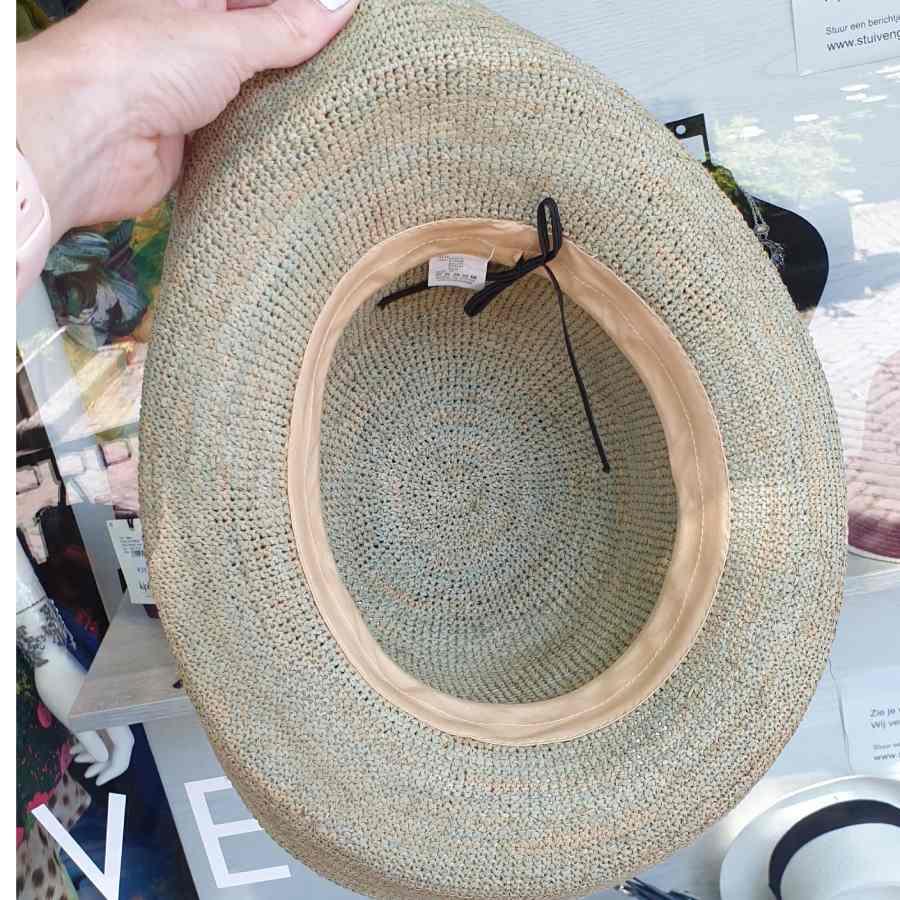handgeknoopt hoed