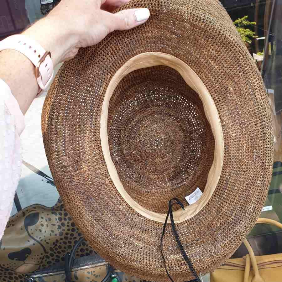 verstelbare hoed stro