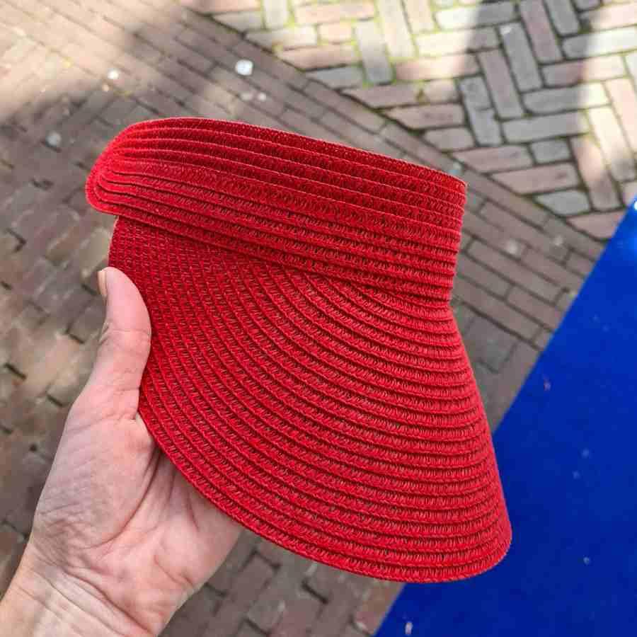 Rode Zonneklep elastiek