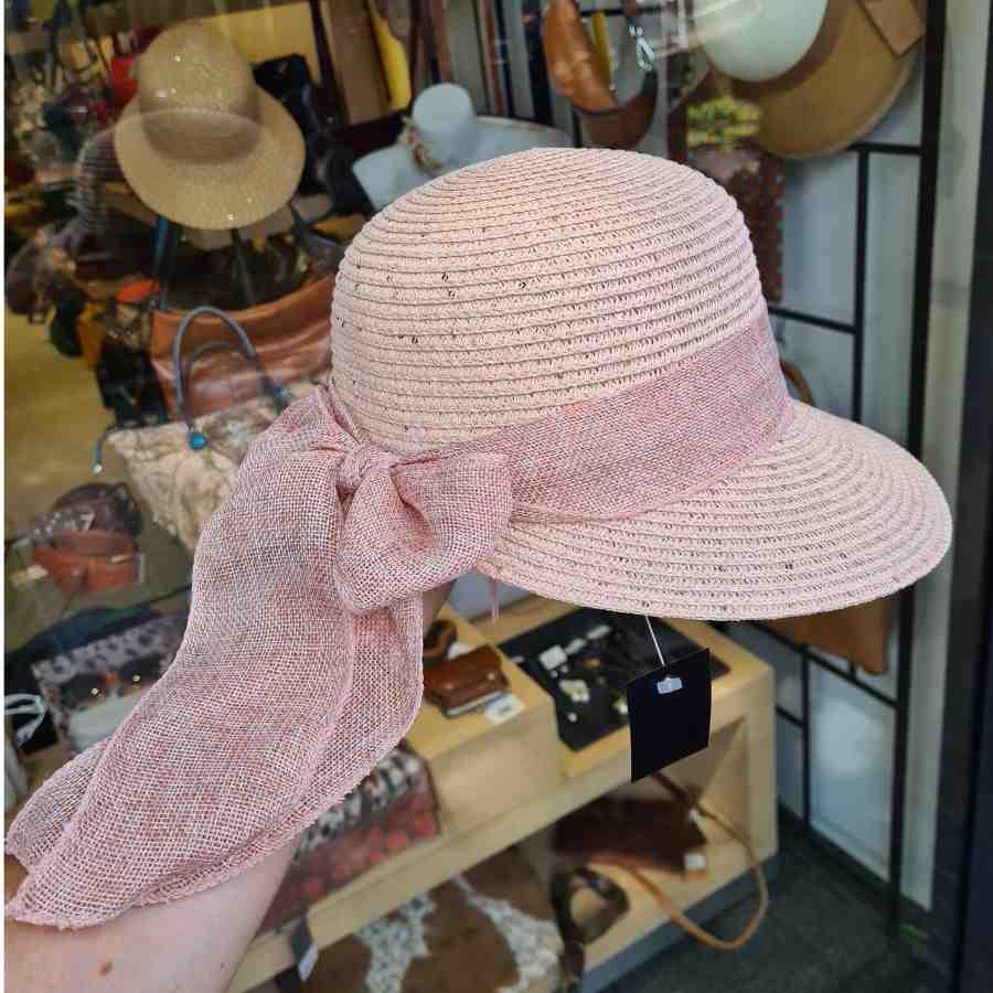 Roze zomerhoed met strik