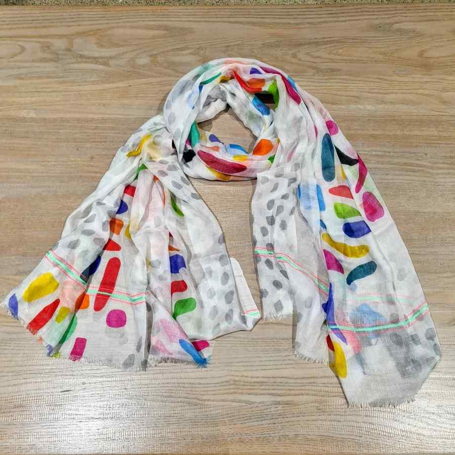 Sjaal gekleurde stippen van 100% modal