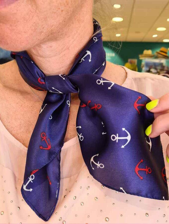 Zijden sjaal blauw met ankers