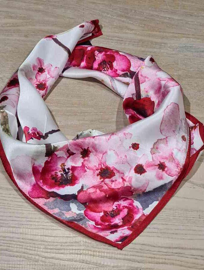 Zijden sjaal vierkant met roze bloemen