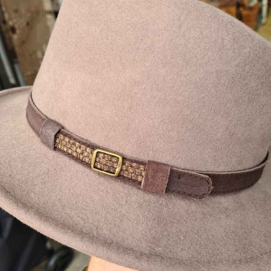 Beige wollen hoed crushable korte rand