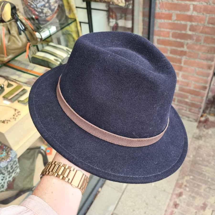 Blauw wollen hoed crushable korte rand