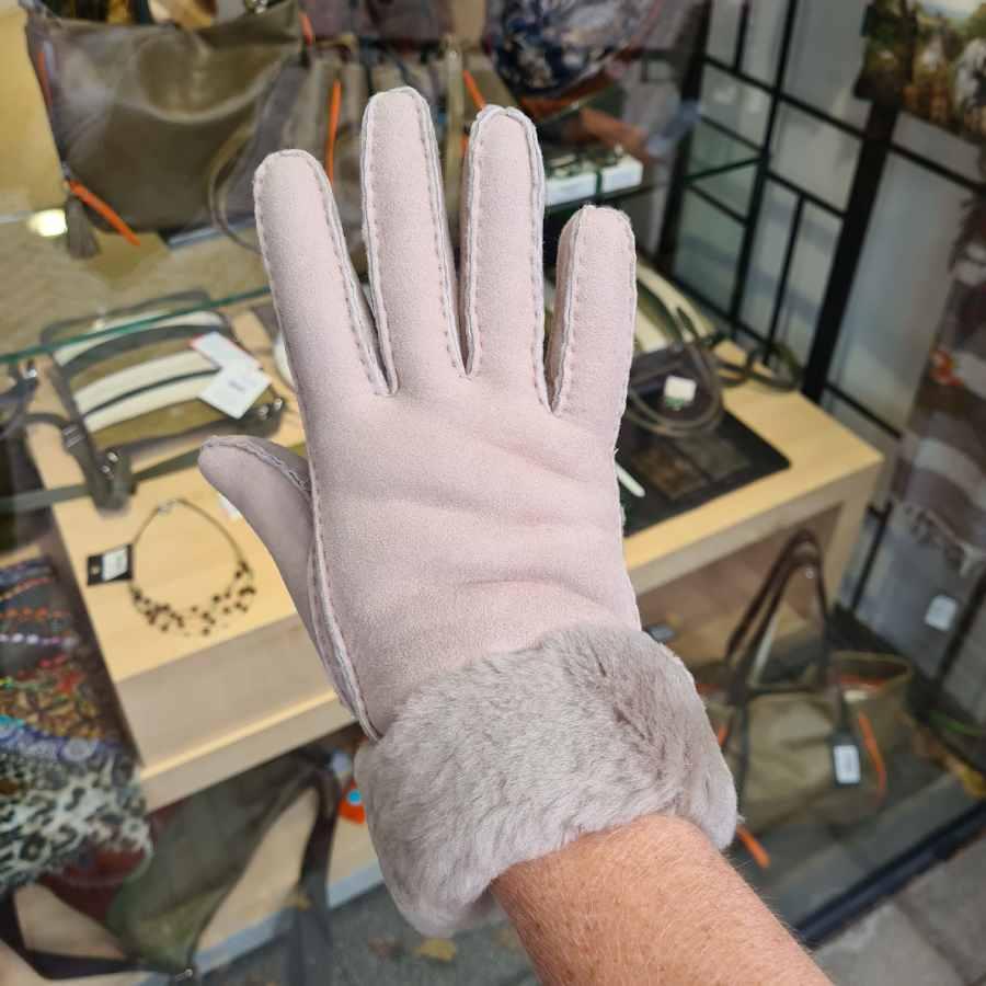Dames handschoenen wol met rand in beige