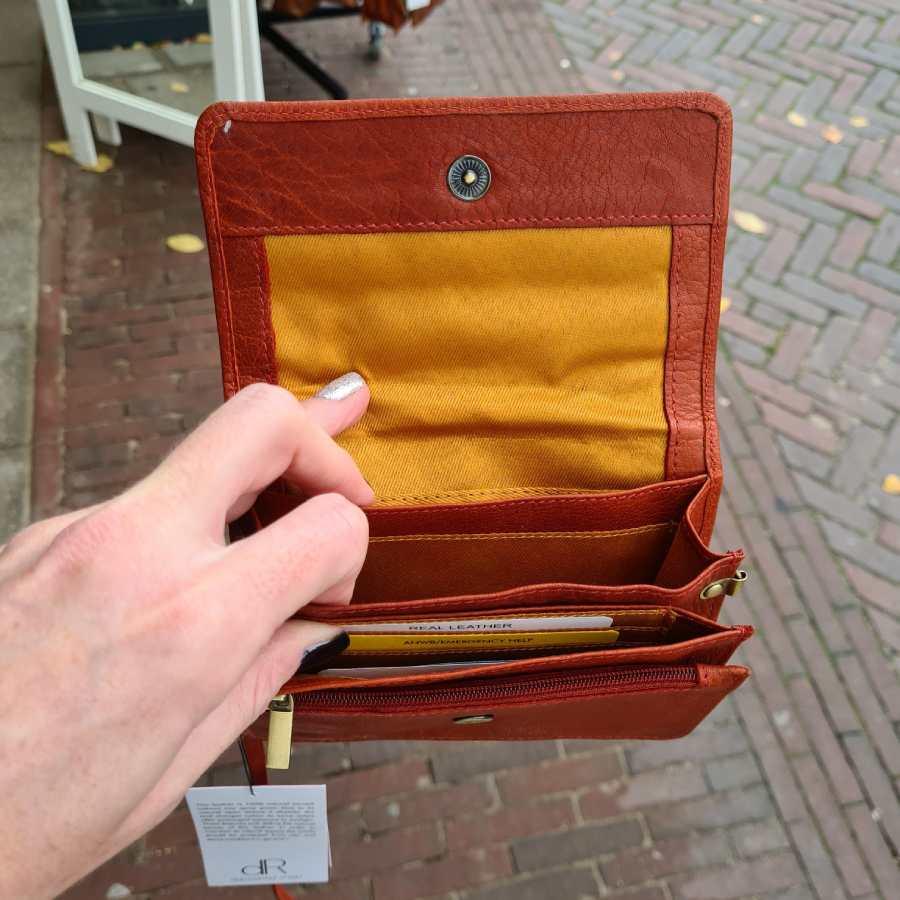 Leder clutch oranje leer met klepje DR Amsterdam