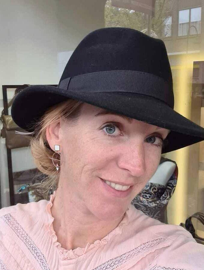 zwarte hoed echt wol trend