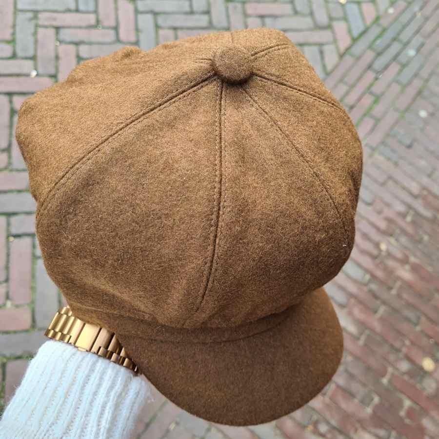 Bruin petje met klep dames elastiek wol (3)