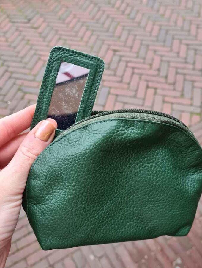 Make up tasje groen leer met spiegeltje