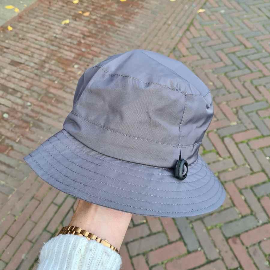Regenhoed voor dames grijs verstelbaar