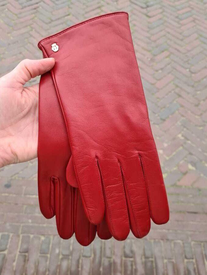 Rode handschoenen leer