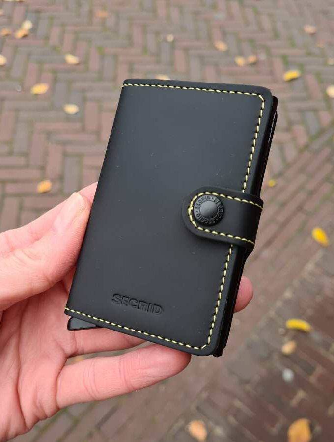 Secrid Miniwallet Matte MM Black Yellow