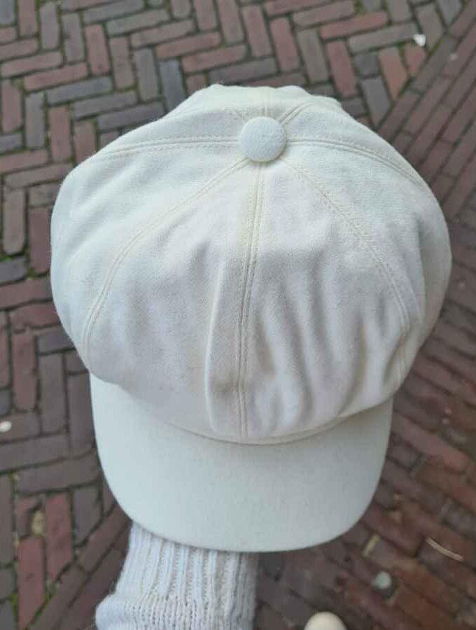 Witte pet dames wol met elastiek