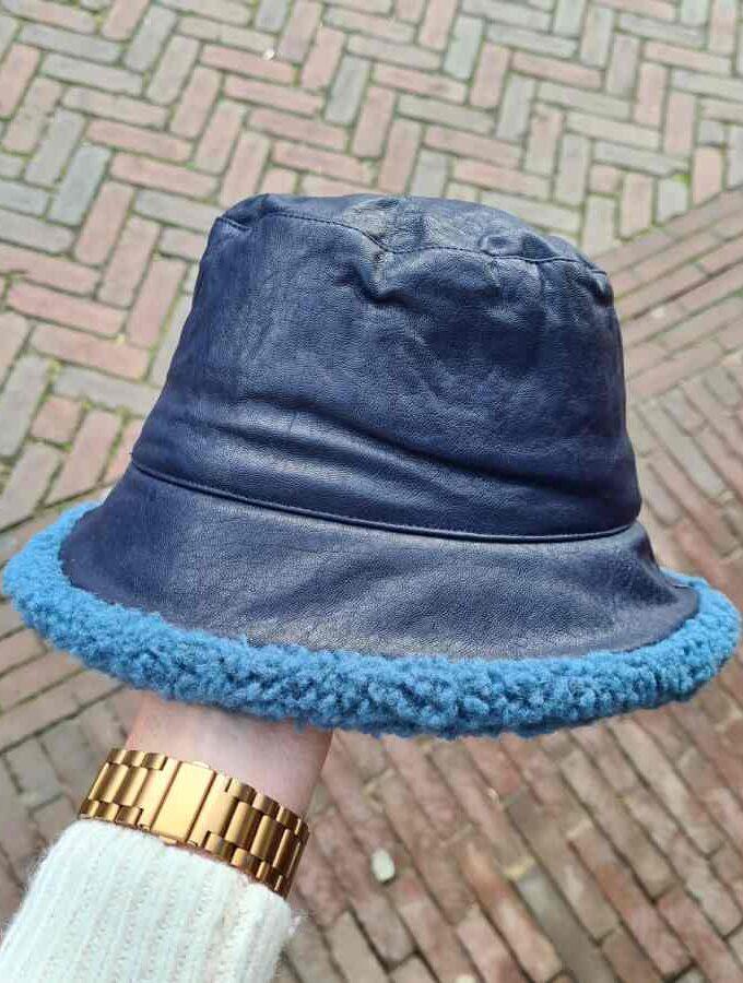 Regenhoed dames blauw met wollen rand