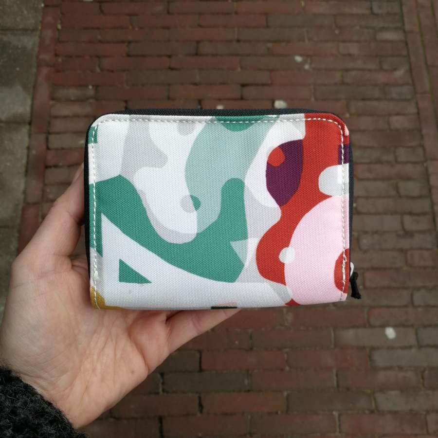 Kipling Money Love gekleurde print