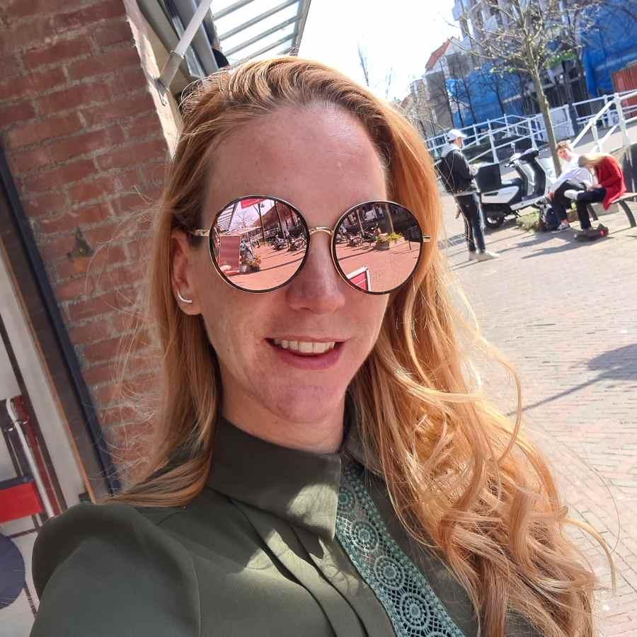 Trendy zonnebril ronde glazen bruin gevlekt