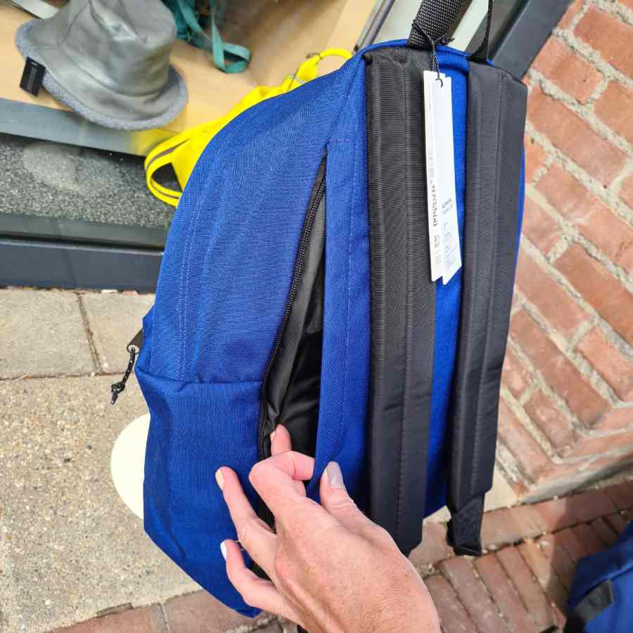 Eastpak Dok'r kobalt blauw vak tablet