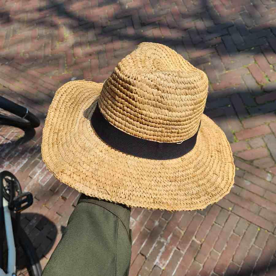 grote hoed echt stro