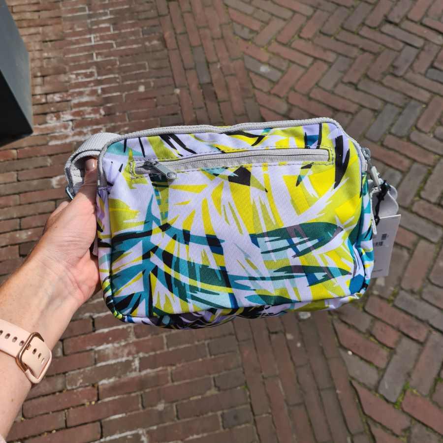 kipling tas achterkant